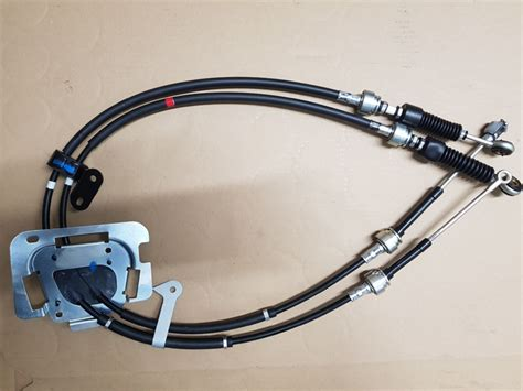 NEW GENUINE TOYOTA CELICA 2000-2005 CABLE SHIFTER MANUAL